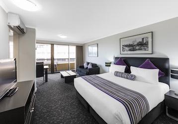 large 4.5 star hotel room for bucks