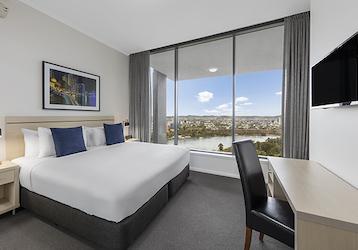 4 bedroom apartment brisbane