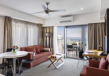 darwin 1 bedroom apartment harbour view