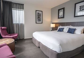 dunedin executive one bedroom suites bucks accommodation