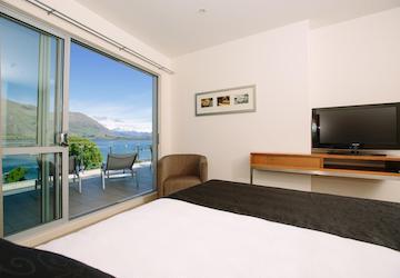 two bedroom apartments wanaka