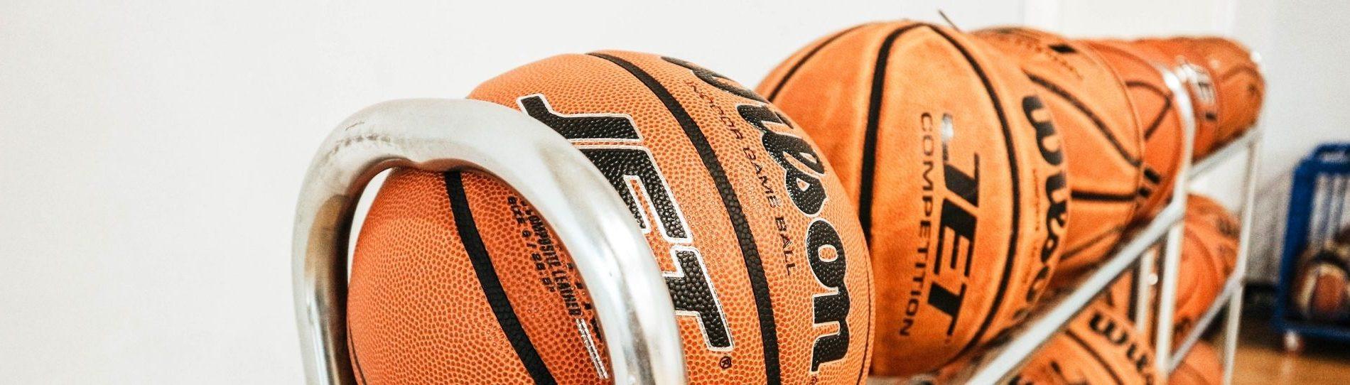 basketball team trips main header