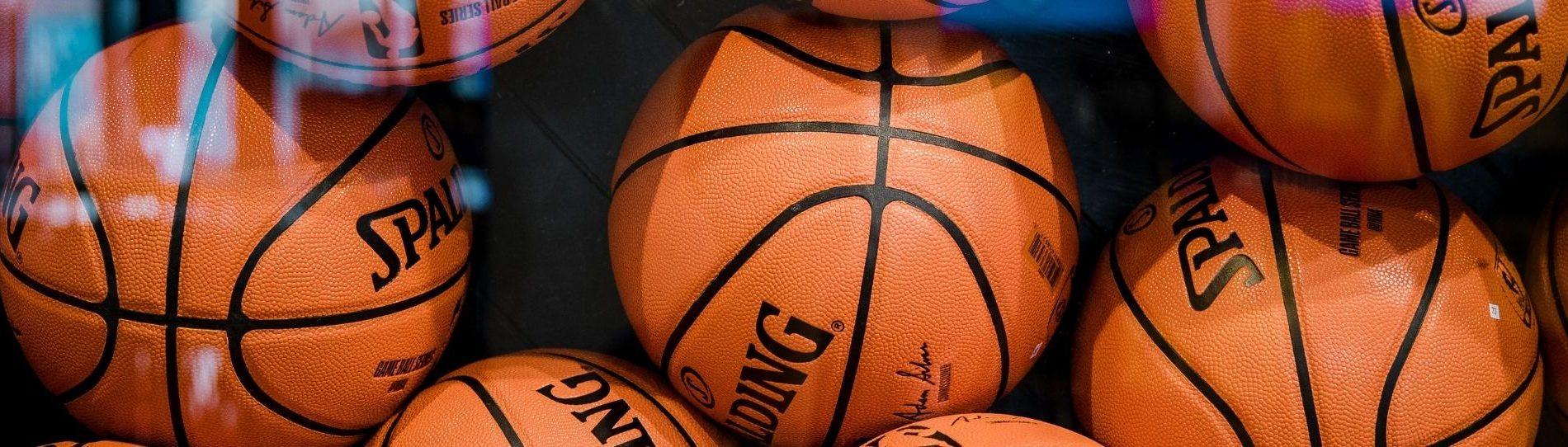 plan-your-basketball-team-trip-header