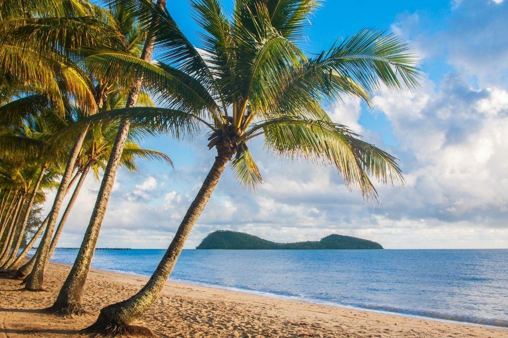 netball team trip destination airlie beach