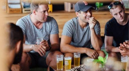 boys team trip brewery tour byron bay