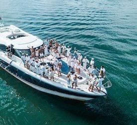 girls gold coast boat cruise