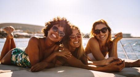 girls team trip boat cruise